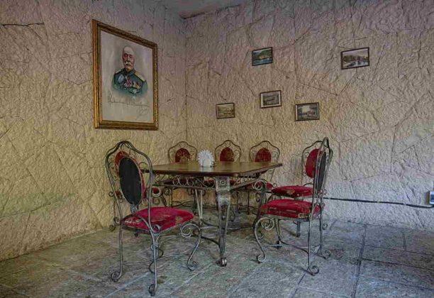 отель аббата в гаграх