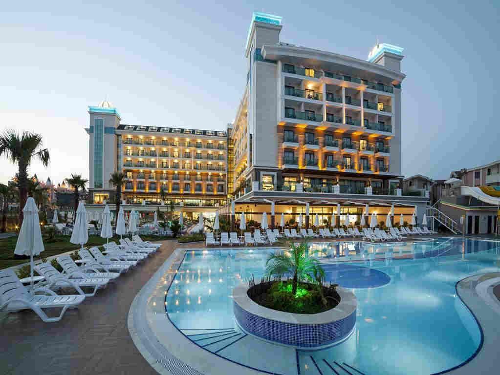 Курортный спа-отель luna blanca 5 в городе Сиде Турция